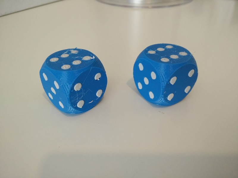 Comparison dice print quality