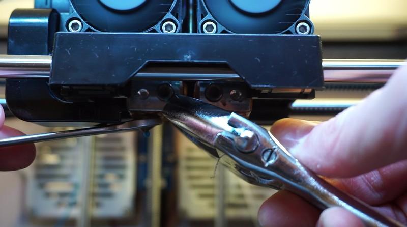 Remove brass nozzle