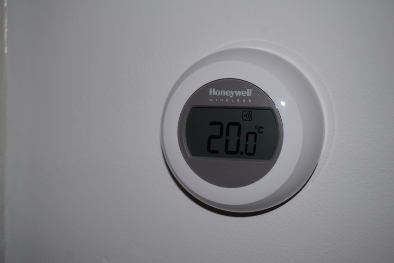 T87RF2025 Round Wireless Thermostat